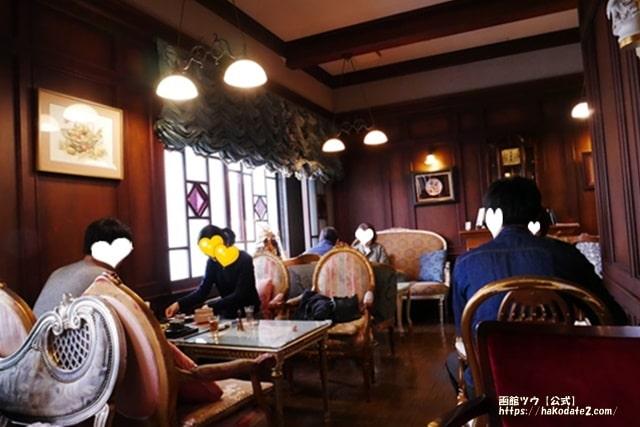 函館・旧茶屋亭の店内