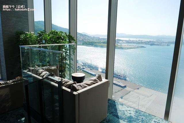 センチュリー函館の湯休み処のソファー
