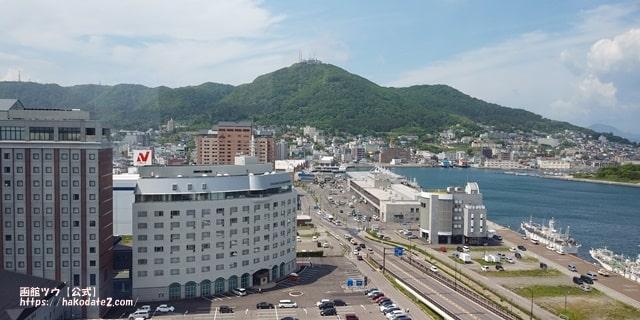 函館山が見えるセンチュリーのステララウンジ